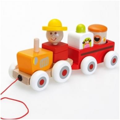 Medinis traktoriukas su priekaba