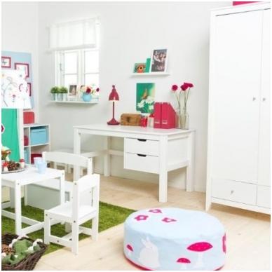 Rašomasis stalas MAJA su stalčiais, baltas
